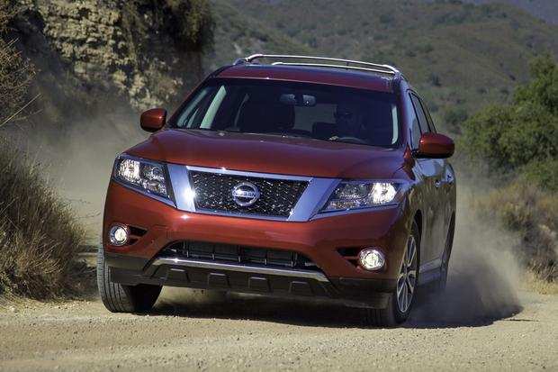 2013 Nissan Pathfinder: New Car Review featured image large thumb2