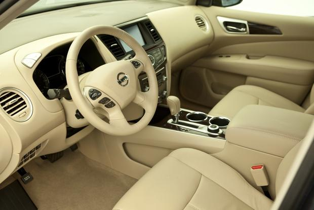 2014 Nissan Pathfinder Hybrid: New Car Review featured image large thumb2