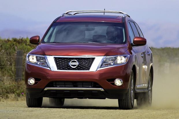 2014 Nissan Pathfinder vs. 2014 Ford Explorer: Which Is Better? featured image large thumb7
