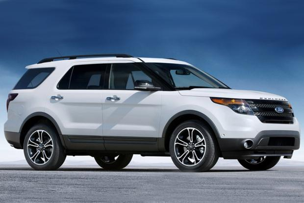 2014 Nissan Pathfinder vs. 2014 Ford Explorer: Which Is Better? featured image large thumb0