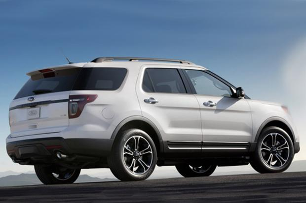 2014 Nissan Pathfinder vs. 2014 Ford Explorer: Which Is Better? featured image large thumb10