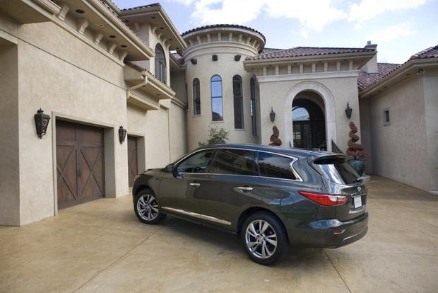 2014 Nissan Pathfinder vs. 2014 Infiniti QX60: What's the Difference? featured image large thumb1