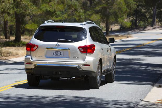2017 Nissan Pathfinder: First Drive Review featured image large thumb1