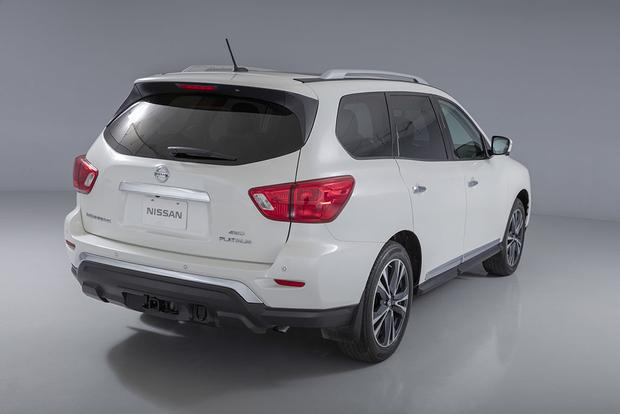 2017 Nissan Pathfinder New Car Review Featured Image Large Thumb4