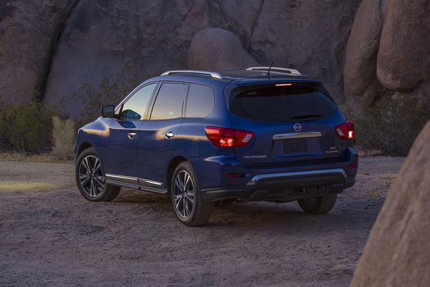 2018 Nissan Pathfinder: New Car Review featured image large thumb2