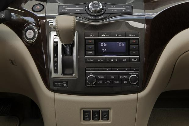 2015 Nissan Quest: New Car Review featured image large thumb5