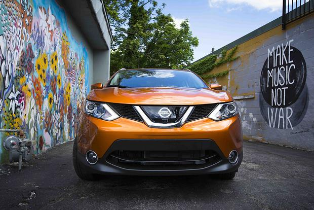 2017 Nissan Rogue Sport vs. 2017 Honda HR-V: Which Is Better? featured image large thumb9