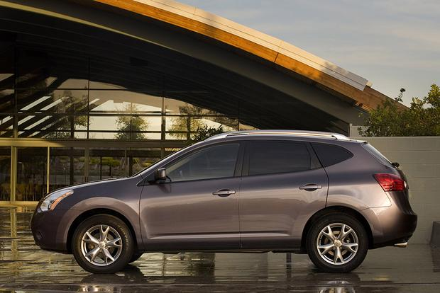 Attractive 2009 Nissan Rogue: Used Car Review Featured Image Large Thumb0