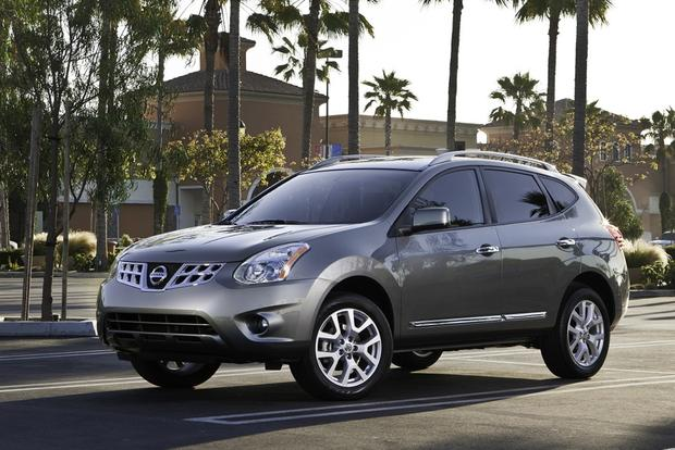 2013 Nissan Rogue: OEM Image Gallery featured image large thumb2