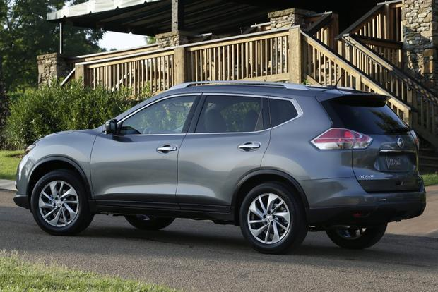 2014 Nissan Rogue: New Car Review featured image large thumb0