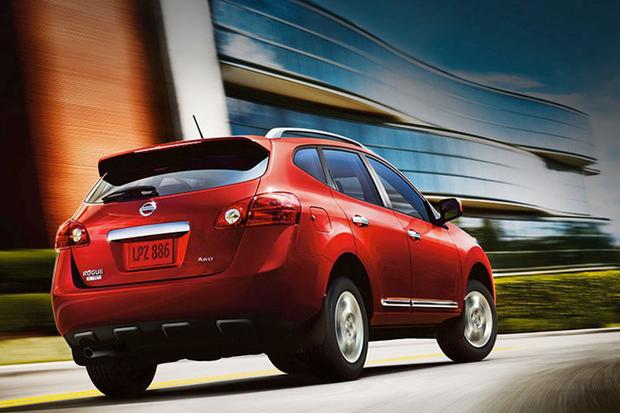 2014 Nissan Rogue vs. 2014 Rogue Select: What's the Difference? featured image large thumb11
