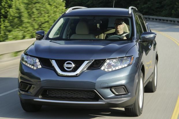 2014 Nissan Rogue vs. 2014 Honda CR-V: Which Is Better? featured image large thumb0