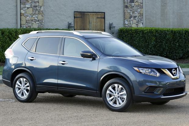 2014 Nissan Rogue vs. 2014 Honda CR-V: Which Is Better? featured image large thumb6