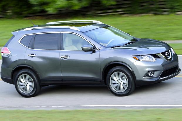2014 Nissan Rogue vs. 2014 Honda CR-V: Which Is Better? featured image large thumb10