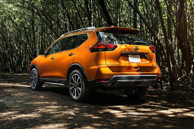 2017 Nissan Rogue: New Car Review featured image large thumb1