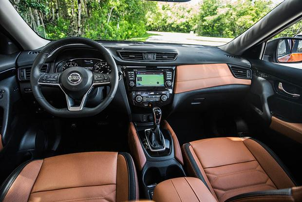 2017 Nissan Rogue Sport vs. 2017 Nissan Rogue: What's the Difference? featured image large thumb1