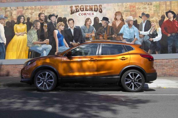 2017 Nissan Rogue Sport vs. 2017 Nissan Rogue: What's the Difference? featured image large thumb6