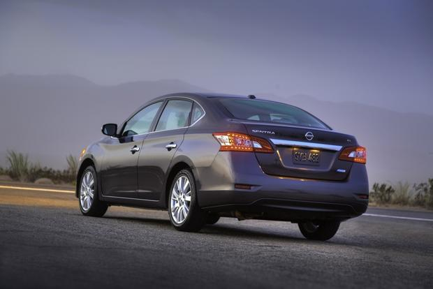 2013 Nissan Sentra: New Car Review featured image large thumb7