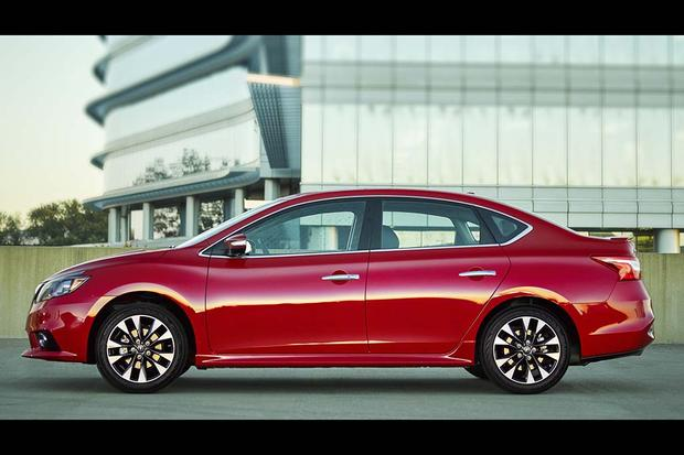 2016 Nissan Sentra: First Drive Review featured image large thumb2