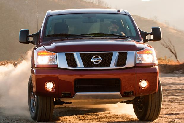 2015 Nissan Titan: New Car Review featured image large thumb5