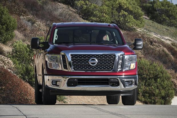 2017 Nissan Titan: New Car Review featured image large thumb4