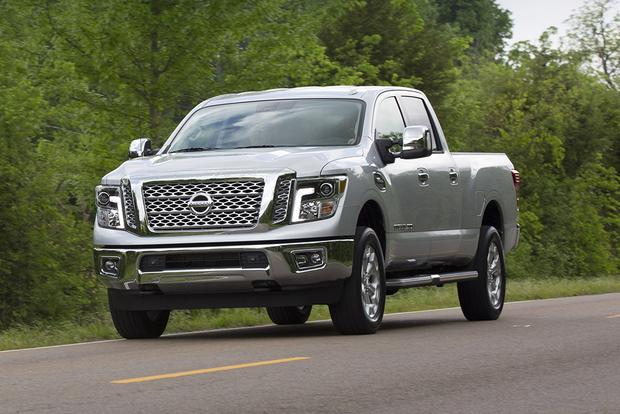 2017 nissan titan first drive review autotrader. Black Bedroom Furniture Sets. Home Design Ideas