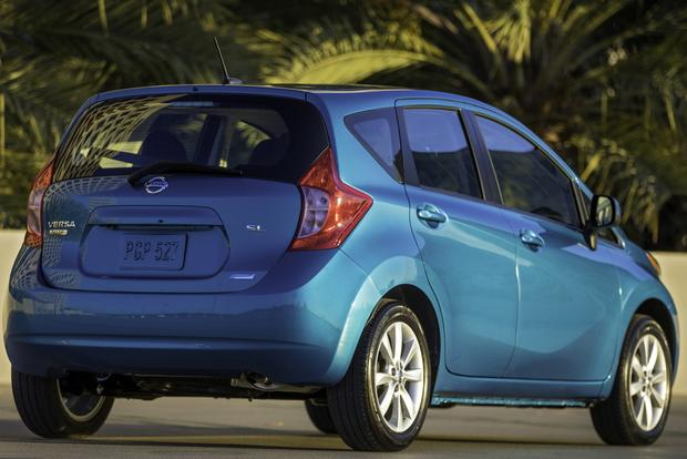 2015 nissan versa note new car review autotrader. Black Bedroom Furniture Sets. Home Design Ideas