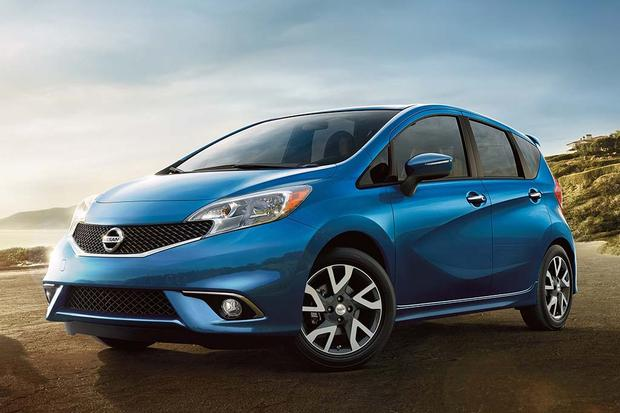 2016 nissan versa note new car review autotrader. Black Bedroom Furniture Sets. Home Design Ideas