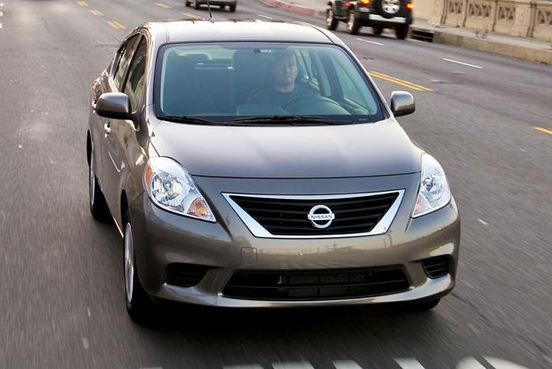 2012 nissan versa used car review autotrader. Black Bedroom Furniture Sets. Home Design Ideas