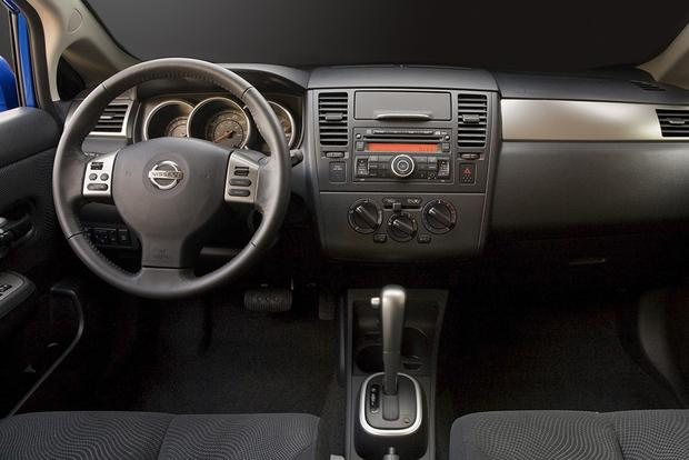2012 Nissan Versa: Used Car Review featured image large thumb5
