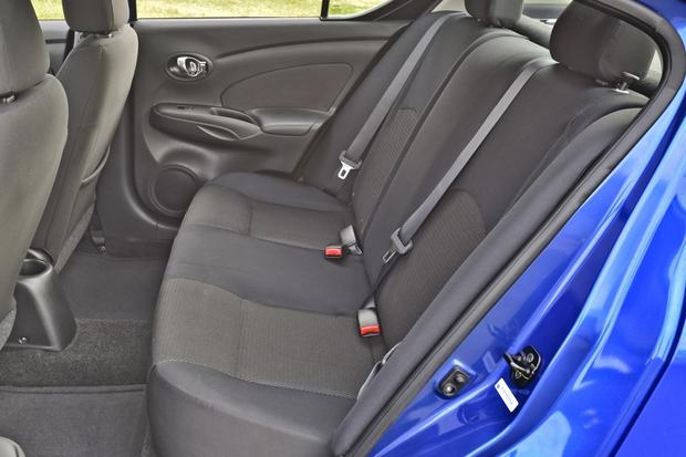 2014 Nissan Versa: New Car Review featured image large thumb3