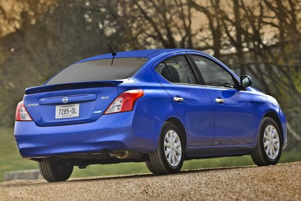 2014 Nissan Versa: New Car Review featured image large thumb1