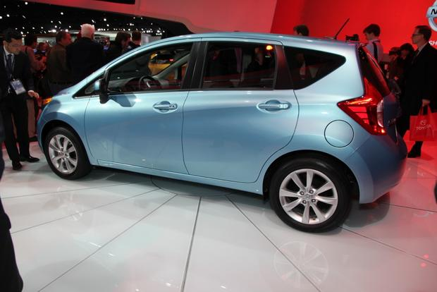 2014 Nissan Versa Note, Leaf, and Clues to a New Murano: Detroit Auto Show featured image large thumb3
