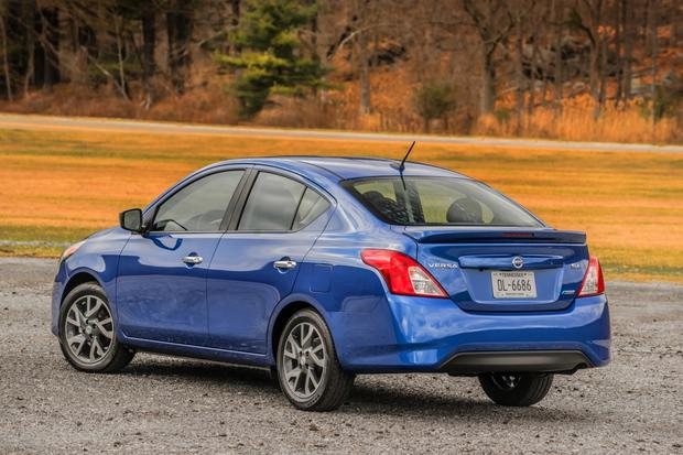 2015 Nissan Versa: New Car Review featured image large thumb1