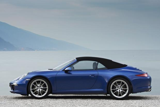 2013 Porsche 911: New Car Review featured image large thumb2