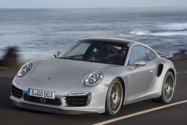 2014 Porsche 911: New Car Review featured image large thumb3
