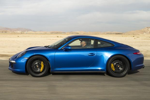 2015 Porsche 911: New Car Review featured image large thumb2