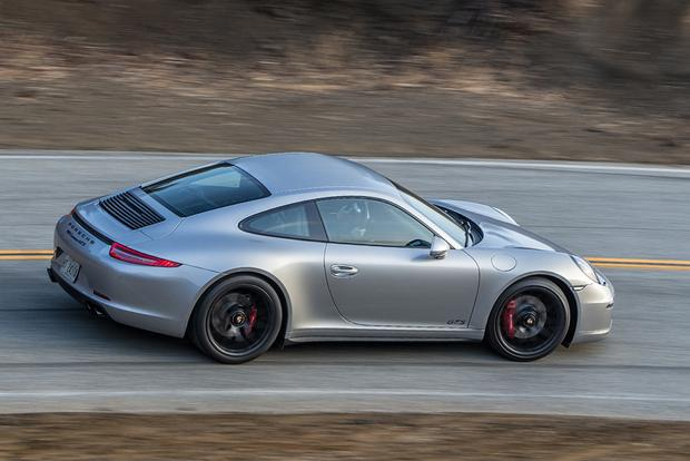 2015 Porsche 911: New Car Review featured image large thumb5