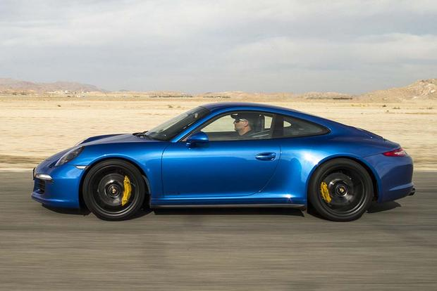 2016 Porsche 911: New Car Review featured image large thumb3