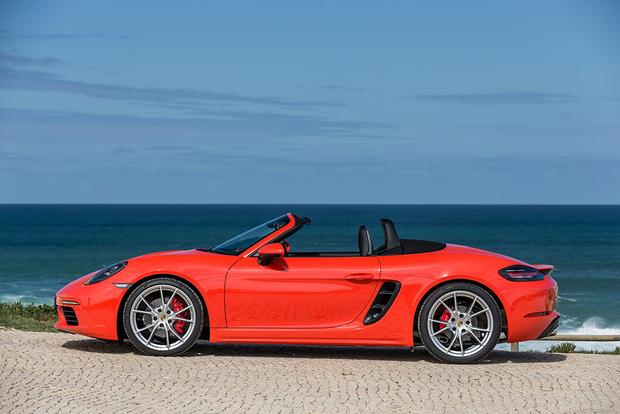 2016 Porsche Boxster vs. 2017 Porsche 718 Boxster: What's the Difference? featured image large thumb6