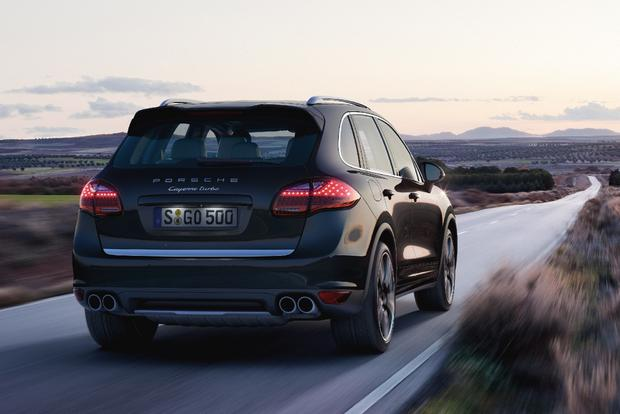 2014 Porsche Cayenne: New Car Review featured image large thumb0