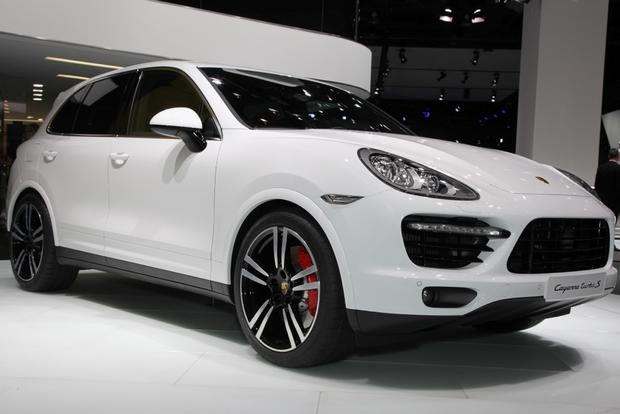 2014 Porsche Cayenne Turbo S: Detroit Auto Show featured image large thumb0