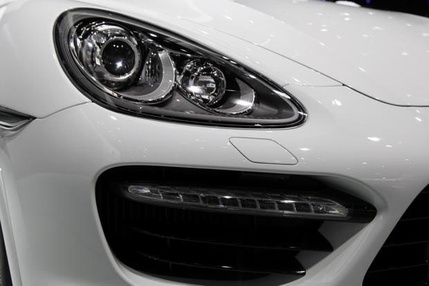 2014 Porsche Cayenne Turbo S: Detroit Auto Show featured image large thumb7