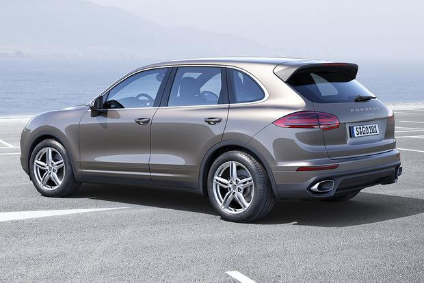 2016 Porsche Cayenne vs. 2016 BMW X5: Which Is Better? featured image large thumb5