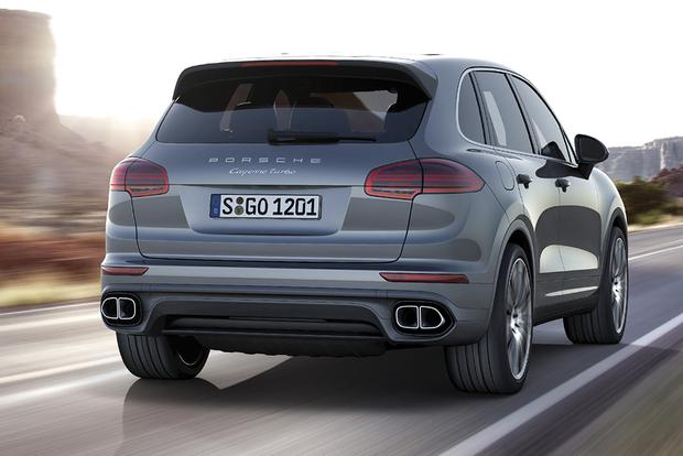 2016 Porsche Cayenne vs. 2016 BMW X5: Which Is Better? featured image large thumb1