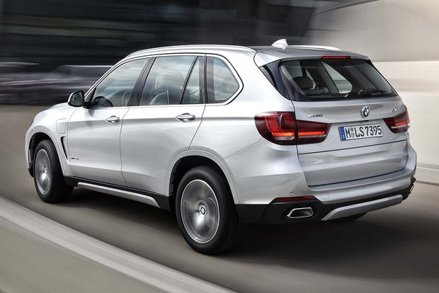 2016 Porsche Cayenne vs. 2016 BMW X5: Which Is Better? featured image large thumb6