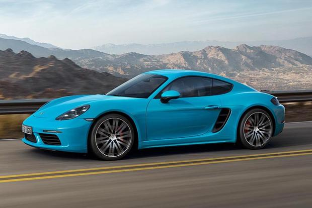 2017 Porsche 718 Cayman vs. 2017 Jaguar F-Type: Which Is Better? featured image large thumb5