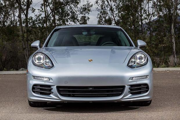 2016 Porsche Panamera: New Car Review featured image large thumb3