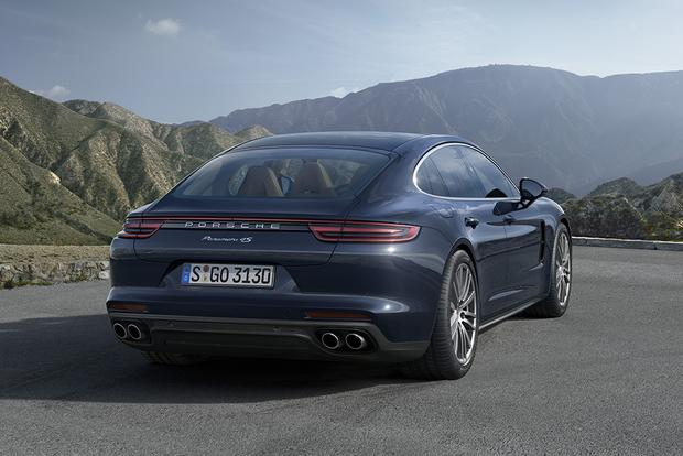 2017 Porsche Panamera: New Car Review featured image large thumb3