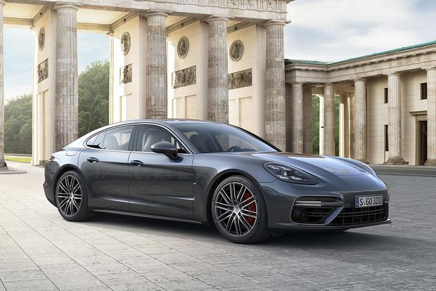 2017 Porsche Panamera: New Car Review featured image large thumb4